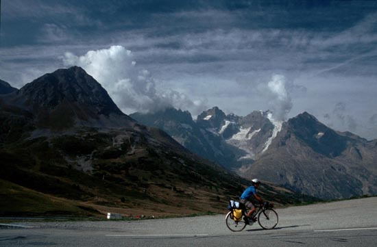 Ups and Downs: A Cycling Journey Across the Alps